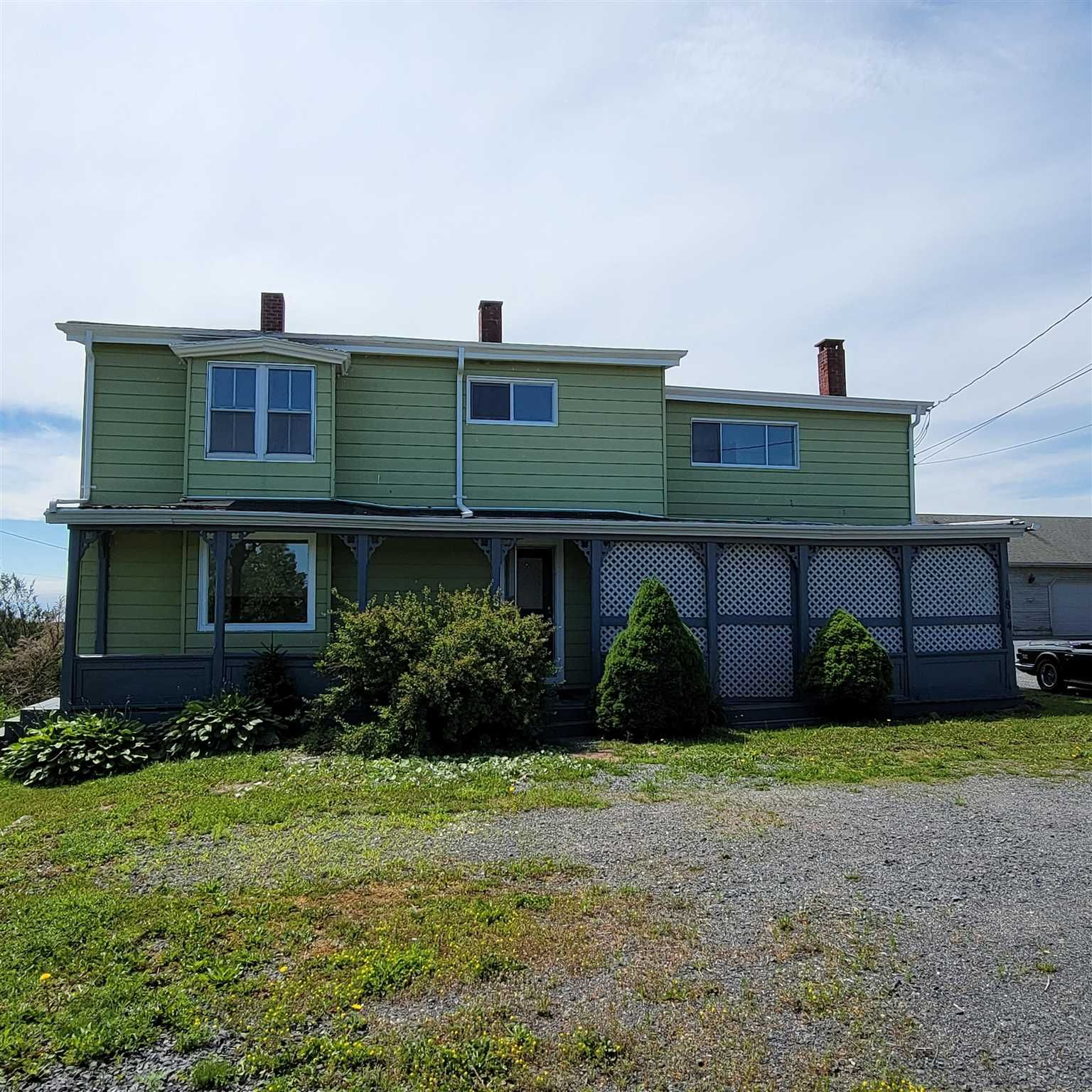 Main Photo: 1814 Hammonds Plains Road in Hammonds Plains: 21-Kingswood, Haliburton Hills, Hammonds Pl. Residential for sale (Halifax-Dartmouth)  : MLS®# 202117883
