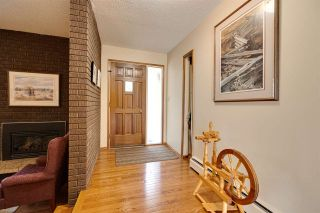 Photo 4: 21557 WYE Road: Rural Strathcona County House for sale : MLS®# E4240409
