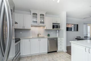 """Photo 5: 423 2551 PARKVIEW Lane in Port Coquitlam: Central Pt Coquitlam Condo for sale in """"The Crescent"""" : MLS®# R2540934"""