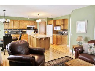Photo 4: 532 Riverbend Drive SE in Calgary: Riverbend Residential Detached Single Family for sale : MLS®# C3606476