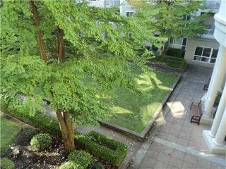 """Photo 5: 320 3098 GUILDFORD Way in Coquitlam: North Coquitlam Condo for sale in """"MARLBOROUGH HOUSE"""" : MLS®# V1122359"""