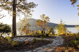 Photo 11: 836 Lands End Rd in : NS Deep Cove House for sale (North Saanich)  : MLS®# 873856