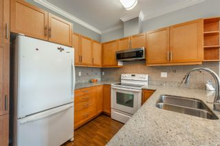Photo 8: 405 2220 Sooke Rd in : Co Hatley Park Condo for sale (Colwood)  : MLS®# 872370
