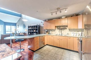 """Photo 6: A424 2099 LOUGHEED Highway in Port Coquitlam: Glenwood PQ Condo for sale in """"SHAUGHNESSY SQUARE"""" : MLS®# R2180378"""