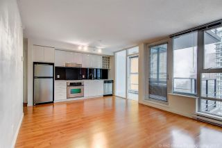 """Photo 2: 1705 111 W GEORGIA Street in Vancouver: Downtown VW Condo for sale in """"SPECTRUM"""" (Vancouver West)  : MLS®# R2136148"""