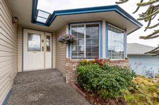Photo 6: 5683 GILLIAN Place in Chilliwack: Vedder S Watson-Promontory House for sale (Sardis)  : MLS®# R2603235
