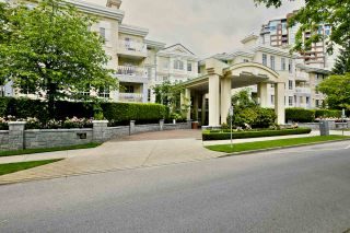 """Photo 19: 212 5835 HAMPTON Place in Vancouver: University VW Condo for sale in """"St. James"""" (Vancouver West)  : MLS®# R2037637"""