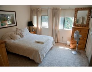 """Photo 4: 1 2990 MARINER Way in Coquitlam: Ranch Park Townhouse for sale in """"MARINER MEWS"""" : MLS®# V777638"""