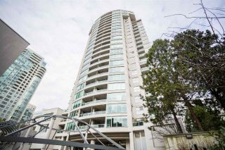Photo 4: 1901 1500 HOWE Street in Vancouver: Yaletown Condo for sale (Vancouver West)  : MLS®# R2535665