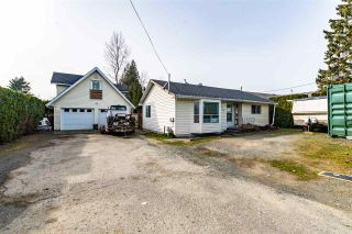 Photo 1: 8585 BROADWAY Street in Chilliwack: Chilliwack E Young-Yale House for sale : MLS®# R2551791