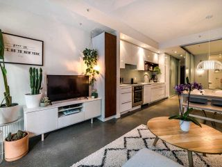 """Photo 14: 222 256 E 2ND Avenue in Vancouver: Mount Pleasant VE Condo for sale in """"Jacobsen"""" (Vancouver East)  : MLS®# R2495462"""