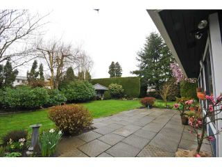 """Photo 6: 10351 HOGARTH Place in Richmond: Woodwards House for sale in """"WOODWARDS"""" : MLS®# V881151"""