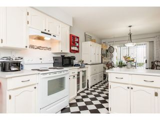 """Photo 6: 257 32691 GARIBALDI Drive in Abbotsford: Abbotsford West Townhouse for sale in """"Carriage Lane"""" : MLS®# R2479207"""