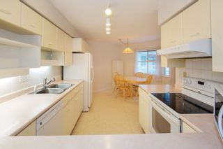 """Photo 4: 226 5695 CHAFFEY Avenue in Burnaby: Central Park BS Condo for sale in """"DURHAM PLACE"""" (Burnaby South)  : MLS®# R2221834"""