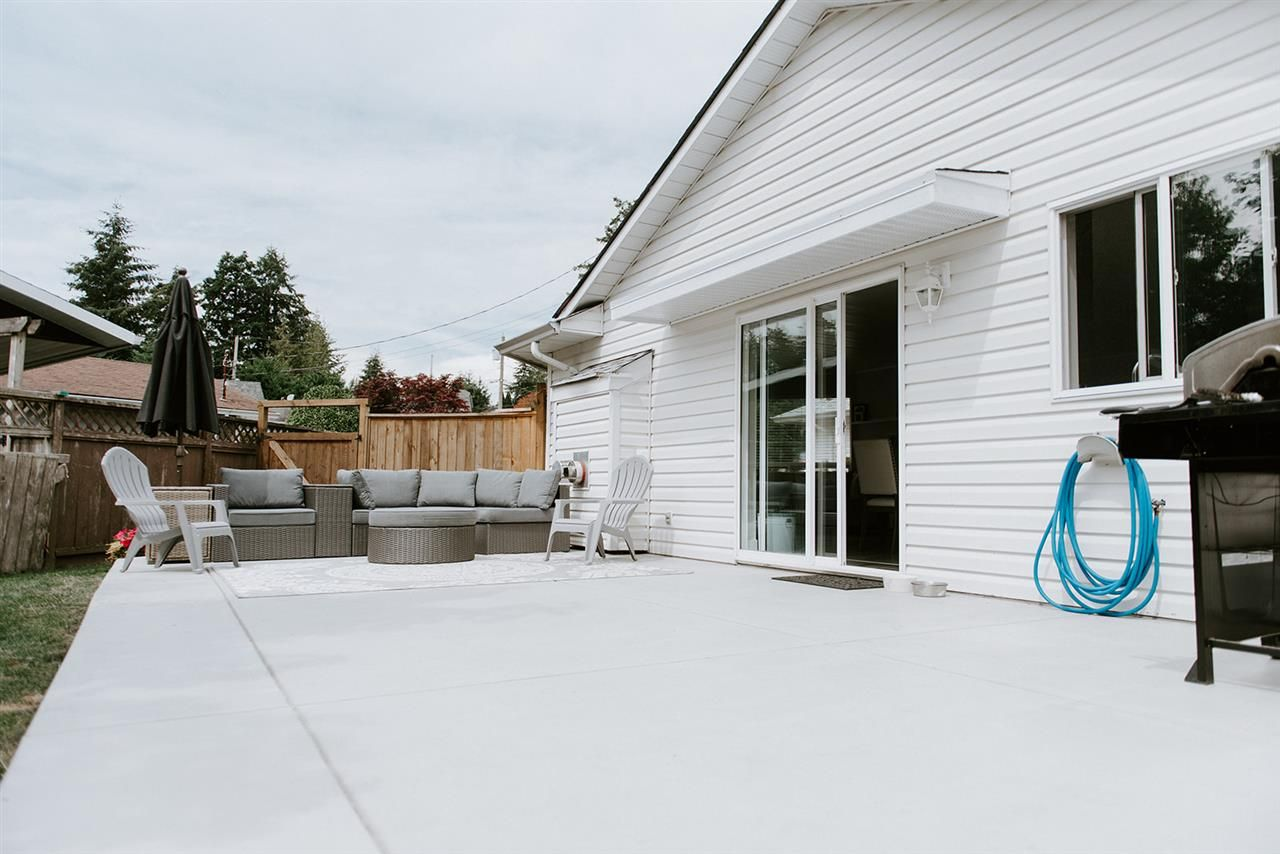 Photo 14: Photos: 5474 CARNABY Place in Sechelt: Sechelt District House for sale (Sunshine Coast)  : MLS®# R2497267