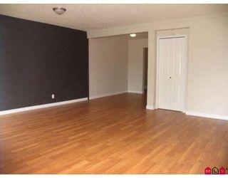 Photo 3: 9061 135A Street in Surrey: Queen Mary Park Surrey 1/2 Duplex for sale : MLS®# F2912646