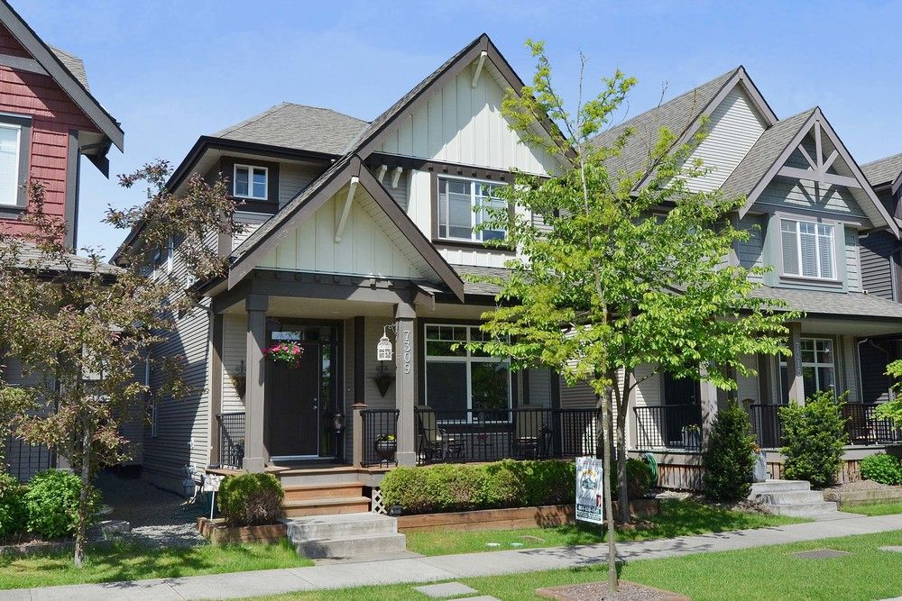 Main Photo: 7309 192 A St in Surrey: Home for sale : MLS®# F1411635
