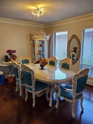 Photo 4: 7676 LAWRENCE Drive in Burnaby: Montecito House for sale (Burnaby North)  : MLS®# R2570165