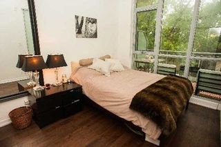 Photo 9: 510 King St E Unit #317 in Toronto: Moss Park Condo for sale (Toronto C08)  : MLS®# C4089834