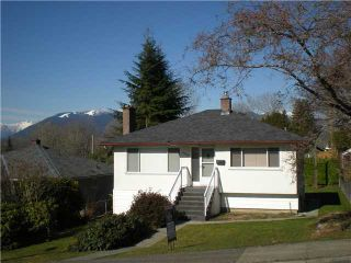 Photo 1: 4725 CAMBRIDGE Street in Burnaby: Capitol Hill BN House for sale (Burnaby North)  : MLS®# V864192