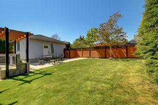 Photo 38: 2328 Dunlevy St in : OB Estevan House for sale (Oak Bay)  : MLS®# 886345