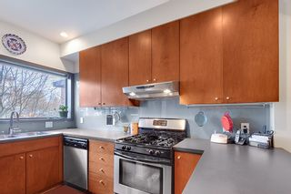 Photo 6: 392 E 15TH Avenue in Vancouver: Mount Pleasant VE Townhouse for sale (Vancouver East)  : MLS®# R2349680