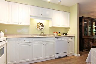 """Photo 10: 107 3176 GLADWIN Road in Abbotsford: Central Abbotsford Condo for sale in """"Regency Park"""" : MLS®# R2371135"""