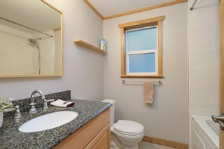 Photo 12: 2582 East Side Rd in : PQ Qualicum North House for sale (Parksville/Qualicum)  : MLS®# 859214
