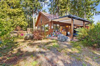 Photo 2: 2378 Ployart Rd in Black Creek: CV Merville Black Creek House for sale (Comox Valley)  : MLS®# 886657