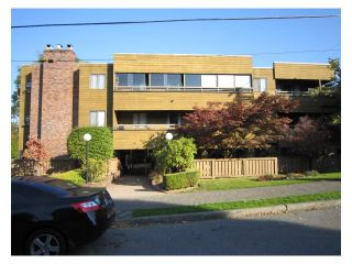"""Photo 8: # 107 2424 CYPRESS ST in Vancouver: Kitsilano Condo for sale in """"CYPRESS GARDENS"""" (Vancouver West)  : MLS®# V975899"""