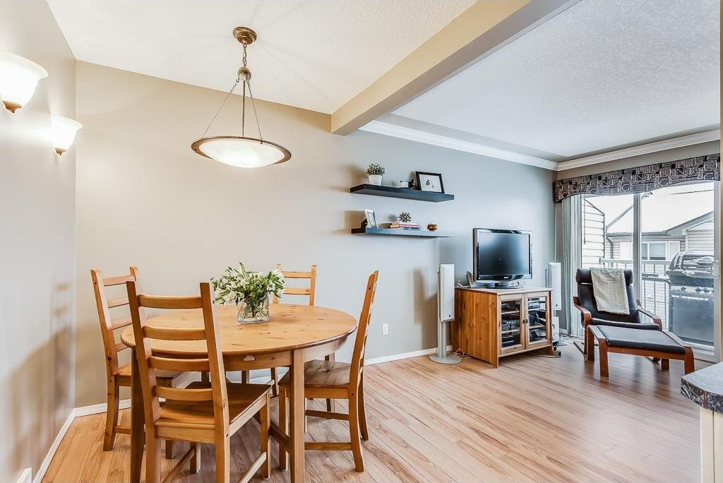 Photo 10: Photos: 137 MILLVIEW Square SW in Calgary: Millrise House for sale : MLS®# C4145951