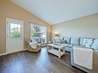 Photo 10: 741 Citadel Drive NW in Calgary: Citadel Detached for sale : MLS®# C4260865
