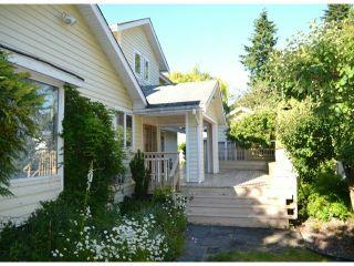 "Photo 3: 2850 MCKENZIE Avenue in Surrey: Crescent Bch Ocean Pk. House for sale in ""Crescent Beach"" (South Surrey White Rock)  : MLS®# F1314997"