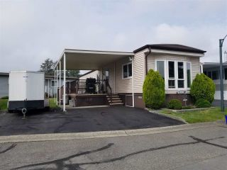 """Photo 1: 41 2120 KING GEORGE Boulevard in Surrey: King George Corridor Manufactured Home for sale in """"Five oaks"""" (South Surrey White Rock)  : MLS®# R2407054"""