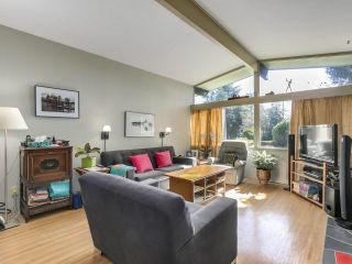 """Photo 6: 3391 WARDMORE Place in Richmond: Seafair House for sale in """"SEAFAIR"""" : MLS®# R2557606"""