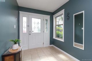 Photo 5: 107 2920 Phipps Rd in VICTORIA: La Langford Proper Row/Townhouse for sale (Langford)  : MLS®# 819568