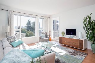 Photo 1: 318 221 E 3RD STREET in North Vancouver: Lower Lonsdale Condo for sale : MLS®# R2206624