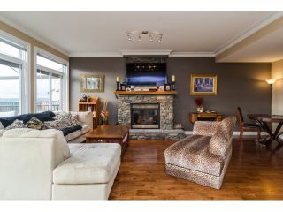 Photo 2: 35524 ALLISON Court in Abbotsford: Abbotsford East House for sale : MLS®# F1431752