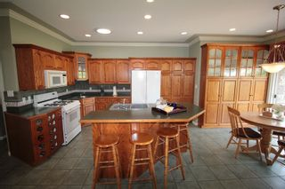 """Photo 4: 4623 224 Street in Langley: Murrayville House for sale in """"Murrayville"""" : MLS®# R2208365"""