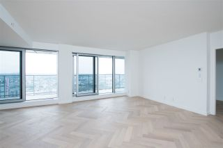 "Photo 24: 5505 1480 HOWE Street in Vancouver: Yaletown Condo for sale in ""VANCOUVER HOUSE"" (Vancouver West)  : MLS®# R2561007"