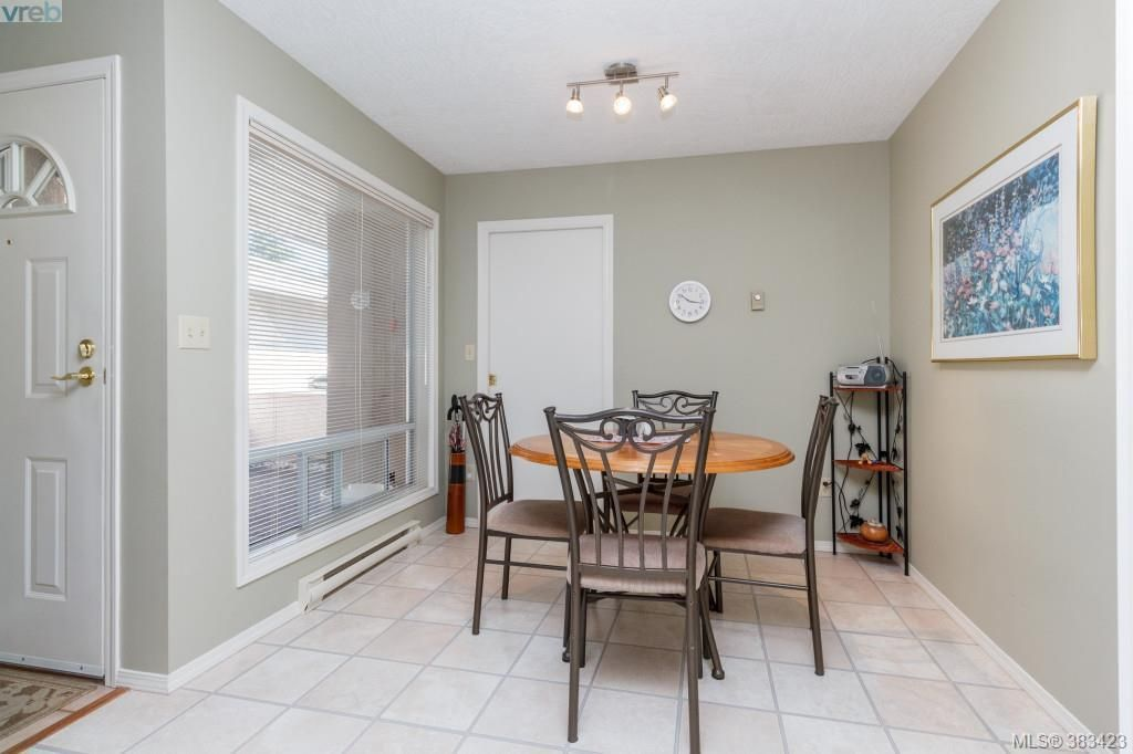 Photo 8: Photos: 20 3049 Brittany Dr in VICTORIA: Co Sun Ridge Row/Townhouse for sale (Colwood)  : MLS®# 770629
