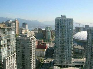 """Photo 6: 3209 1009 EXPO BV in Vancouver: Downtown VW Condo for sale in """"LANDMARK 33"""" (Vancouver West)  : MLS®# V591247"""