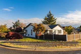 Photo 3: 220 Violet Pl in Parksville: PQ Parksville House for sale (Parksville/Qualicum)  : MLS®# 888106