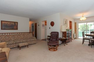 Photo 9: 3805 CLEMATIS Crescent in Port Coquitlam: Oxford Heights House for sale : MLS®# R2200625