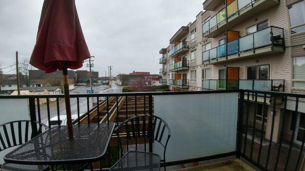 Photo 10: Photos: #212 20460 Douglas Crescent in Langley: Condo for rent