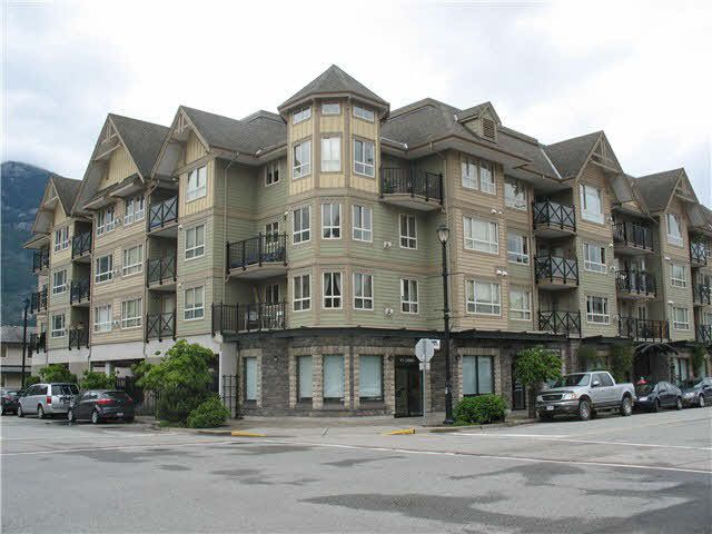 """Main Photo: 202 38003 SECOND Avenue in Squamish: Downtown SQ Condo for sale in """"SQUAMISH POINTE"""" : MLS®# V1126627"""