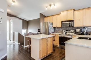Photo 5: 626 EVERMEADOW Road SW in Calgary: Evergreen Detached for sale : MLS®# A1151420