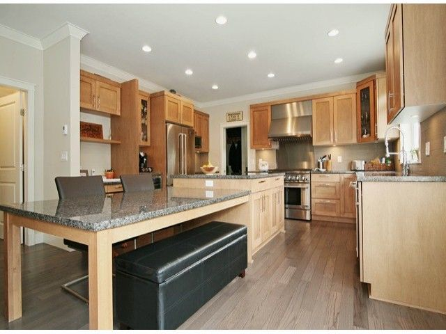 Photo 3: Photos: 17290 1ST AV in Surrey: Pacific Douglas House for sale (South Surrey White Rock)  : MLS®# F1424091