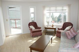"""Photo 3: # 205 121 W 29TH ST in North Vancouver: Upper Lonsdale Condo for sale in """"Somerset Green"""" : MLS®# V887382"""