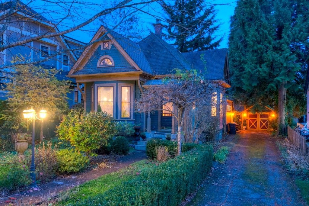 """Photo 103: Photos: 214 FOURTH Avenue in New Westminster: Queens Park House for sale in """"QUEENS PARK"""" : MLS®# R2136258"""